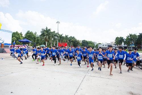 Sacombank nhiều năm liền đồng hành cùng chính quyền địa phương tổ chức giải chạy việt dã cho thanh thiếu niên
