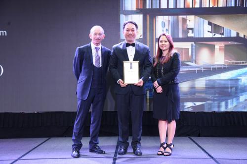 SonKim Land đạt 2 giải thưởng tại Lễ trao giải Bất động sản Châu Á Thái Bình Dương 2019với dự án The Galleria Residence - Huệ ơi, edit giúp chị nha, thanks em