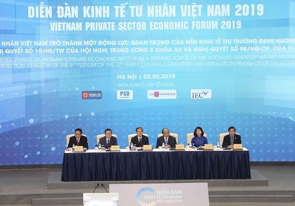 Diễn đàn Kinh tế tư nhân Việt Nam 2019 do Chính phủ và Ban Kinh tế Trung ương đồng chủ trì.