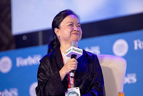 Bà Nguyễn Thị Mai Thanh trò chuyện tại Womens Summit 2019. Ảnh: Forbes Việt Nam