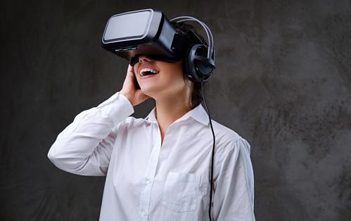 Kính thực tế ảo VR