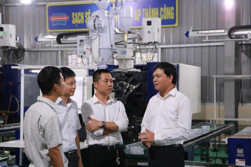 Ông Nguyễn Xuân Phú - Chủ tịch tập đoàn Sunhouse chia sẻ về những cơ hội của Sunhouse cũng như doanh nghiệp Việt trước cuộc chiến thương mại Mỹ Trung