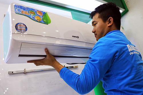 Các nhà máy Asanzo vận hành hết công suất trong thời gian qua để sản xuất máy lạnh đáp ứng nhu cầu tăng cao của thị trường.