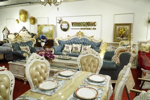 Vương quốc nội thất chi 5 tỷ tặng quà, giảm đến 50% cho khách hàng -  VnExpress Kinh doanh