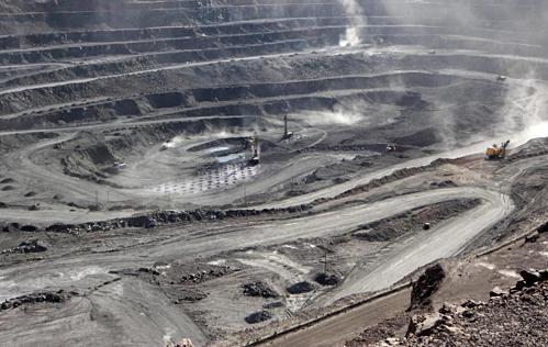 Khai thác đất hiếm tại mỏBaiyun Obo (Nội Mông, Trung Quốc). Ảnh: Reuters