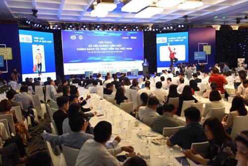 Hội thảo Xã hội không tiền mặt: Chính sách và thực tiễn tại Việt Nam do Báo Tuổi trẻ TP HCM phối hợp với Vụ Thanh toán NHNN tổ chức sáng 11/06/2019