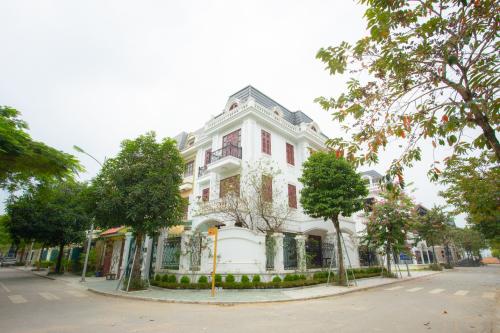 Không gian sống cao cấp tại biệt thự khu đô thị Dương Nội.