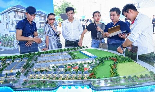 Nhiều khách hàng ấn tượng với những dự án quy mô lớn của Novaland.