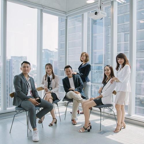Tín và các cộng sự trẻ của AIA Exchange 2.0