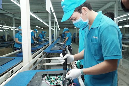 Asanzo thành lập năm 2013. Sau 5 năm, công ty phát triển thành 6nhà máy sản xuất, lắp ráp thiết bị điện máy, gia dụng. Asanzo là một trong những doanh nghiệp nội địa trên thị trường có khả năng cạnh tranh trực tiếp cùng các doanh nghiệp điện máy Hàn Quốc, Nhật Bản và Trung Quốc.