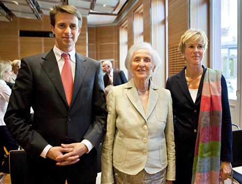 Susanne Klatten, Stefan Quandt cùng mẹ Johanna tại một sự kiện năm 2009. Ảnh: AFP