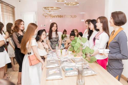 Đến buổi khai trương, khách mời được thăm quan khuôn viên của Shynh Group với đầy đủ hệ thống cơ sở, trang thiết bị làm đẹp và dịch vụ spa chuyên nghiệp. Công ty đặt mục tiêu trở thành một công ty hàng đầu Việt Nam trong lĩnh vực chăm sóc sắc đẹp, phục vụ rộng rãi khách hàng trong nước và quốc tế. Sau năm 2019, Shynh Group sẽ mở rộng hệ thống đại lý khắp thị trường Việt Nam và vươn ra toàn thế giới.