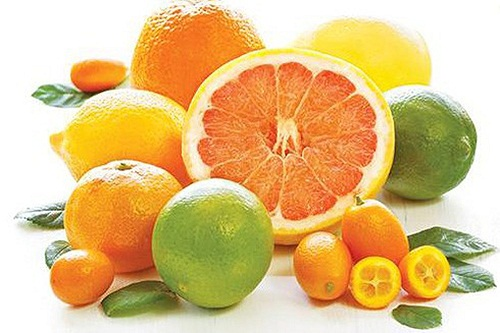 Bổ sung vitamin C hàng ngày sẽ giúp trẻ tăng cường sức đề kháng.