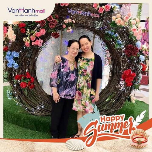 Vạn Hạnh Mall thường xuyên tổ chức các cuộc thi ảnh online, thu hút đông đảo khách hàng.
