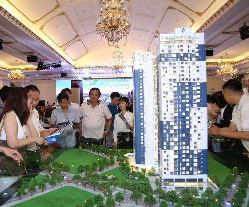 Lễ công bố chính thức dự án thu hút đông đảo khách hàng.