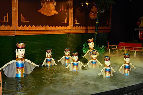Múa rối nước là một trong những loại hình nghệ thuật dân gian độc đáo. Nghệ thuật múa rối nước đã và đang tiếp cận đến các khán giả ngày một nhiều hơn và rộng khắp từ những thế hệ lớn nhỏ trong nước đến các du khách nước ngoài.