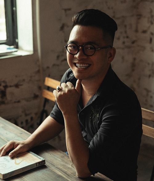 Kim Quang - nhà sáng lập thương hiệu thiết kế nội thất Thành Nam.
