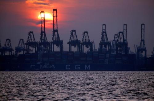 Các container tại cảng Singapore. Ảnh: Reuters