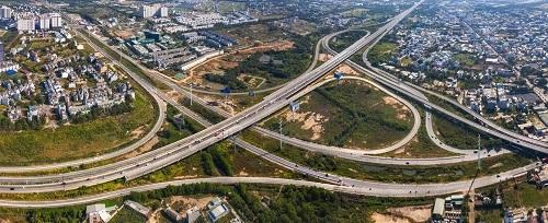 Hệ thống hạ tầng giao thông phát triển đồng bộ là yếu tố tiên quyết thu hút sự phát triển du lịch ở Bà Rịa – Vũng Tàu.