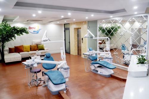 Chặng đường 13 năm chăm sóc răng miệng của nha khoa Lạc Việt - 2