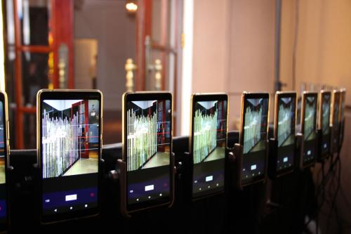Điện thoại Nokia trong buổi xác lập kỷ lục.