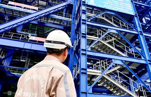 Dự án Nhiệt điện Long Phú 1 do PVN làm chủ đầu tư là một trong số dự án điện trọng điểm đang chậm tiến độ. Ảnh: H.Thu