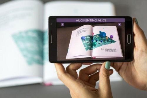 Một ứng dụng công nghệ vào giáo dục sử dụng ở smartphone.