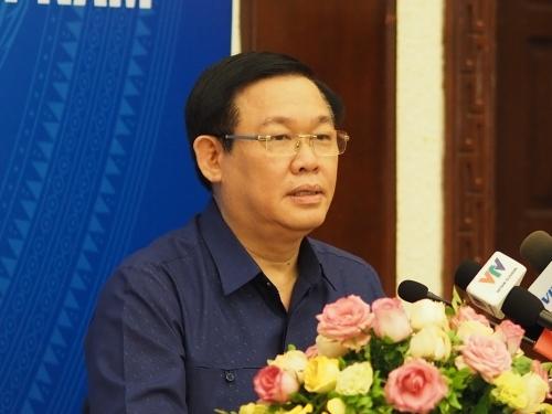 Phó thủ tướng Vương Đình Huệ tại buổi họp sơ kết 6 tháng đầu năm của Bộ Kế hoạch & Đầu tư. Ảnh: Minh Sơn