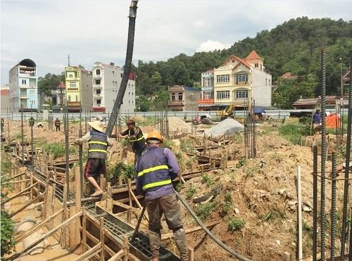 Dự án đang được đẩy nhanh tiến độ thi công xây dựng. Ảnh chụp ngày 15/7.