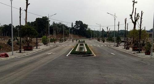 Một dự án đất nền tại Hoà Lạc đang được triển khai. Ảnh: NVCC