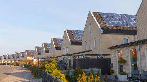 Thông tin chi tiết về giải pháp hỗ trợ dân cư lắp đặt điện mặt trờixem tại đây. Liên hệ hotline...