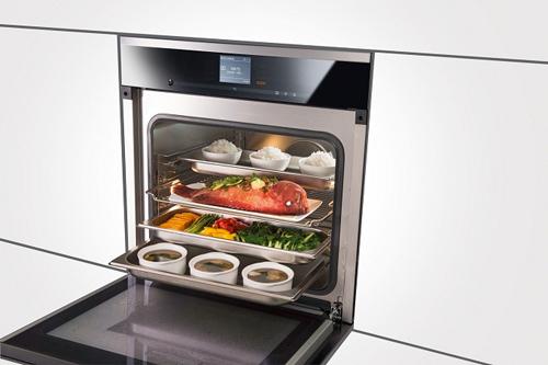 Lò hấp nướng đa năng Miele tiết kiệm thời gian nấu nướng cho nhiều gia đình.