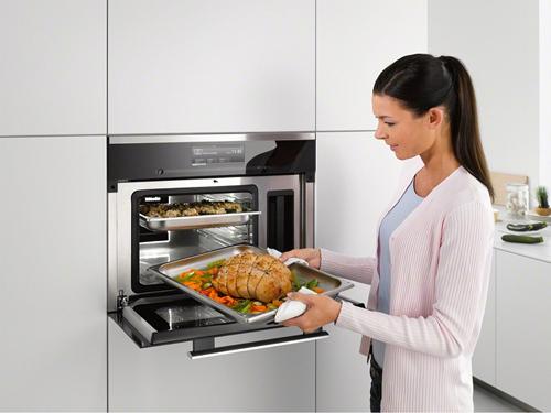 Căn bếp của phụ nữ thời đại mới không thể thiếu những sản phẩm đa năng.