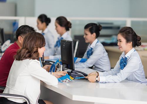 Thông tin chi tiết ưu đãi Combo tiết kiệm du học liên hệ các chi nhánh, phòng giao dịch Eximbank, hotline 180011999 hoặc website.