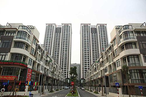Khu chung cư MonCity - nơi có một số hộ cư dân mới bị cắt nước vì không nộp phí dịch vụ.