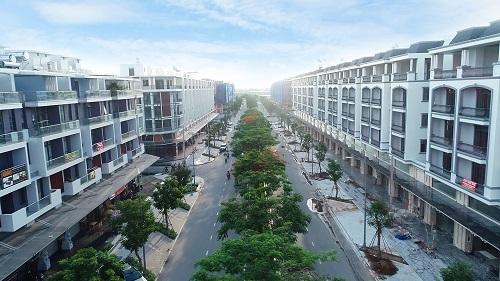 Dãy nhà phố Thương mại đẳng cấp và đẹp bậc nhất khu vực Đông Bắc TP.HCM tại Khu đô thị Vạn Phúc.