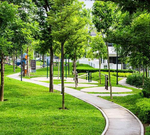 Số lượng công trình xanh ở Việt Nam không nhiều trong khi đòi hỏi của khách hàng và thách thức biến đổi khí hậu khiến nhu cầu ngày càng gia tăng.