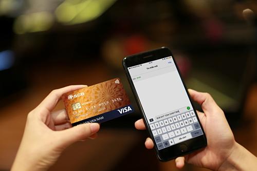 SCB hỗ trợ khách hàng kích hoạt, khóa thẻ bằng tin nhắn đến tổng đài 8149.
