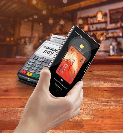 Để biết thêm thông tin chi tiết về chương trình, khách hàng liên hệ Call Center 24/7 của IVB qua Hot line 1900 588 879, truy cập Website www.indovinabank.com.vn hoặc đến điểm giao dịch của IVB trên toàn quốc.