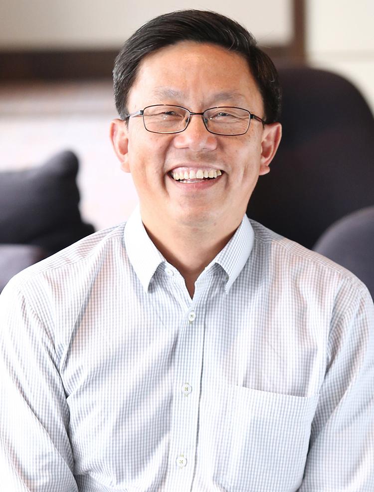 Ông Huỳnh Thanh Phong, Tổng giám đốc điều hành của FWD.