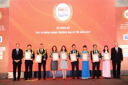 Đại diện các đơn vị đạt giải thưởng.