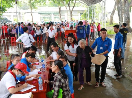 Vedan khám chữa bệnh, phát thuốc miễn phí cho người dân Đồng Nai - 6