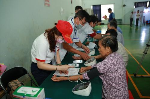 Vedan khám chữa bệnh, phát thuốc miễn phí cho người dân Đồng Nai - 7
