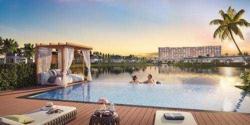 Một bể bơi trong khu nghỉ dưỡng.