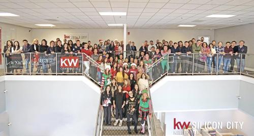 Đội ngũ nhân viên của KW Silicon City tại Mỹ.