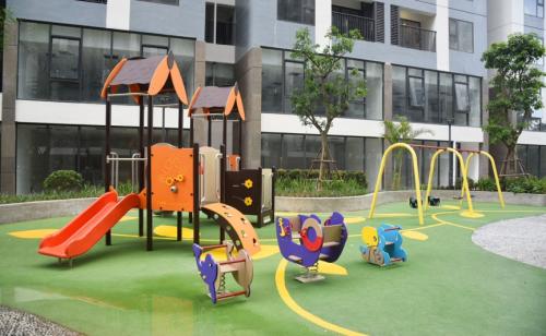 Một góc trong khu vực sân chơi trẻ em của Imperia Sky Garden.