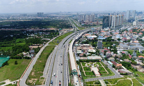 Thị trường bất động sản phía Đông TP HCM. Ảnh: Vũ Lê