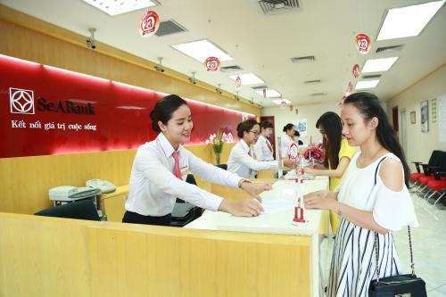 SeABank triển khai 2 gói ưu đãi với nhiều tính năng miễn phí giao dịch cho khách hàng doanh nghiệp.