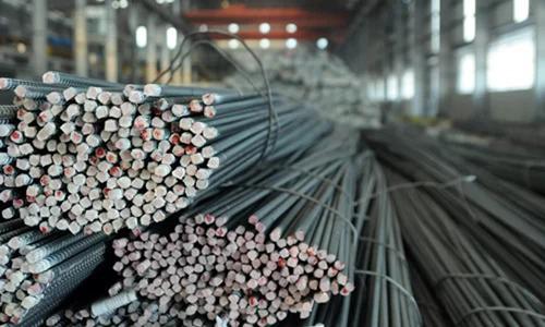 Sắt thép nhập khẩu từ Trung Quốc vẫn tăng trong 7 tháng đầu năm nay. Ảnh: MH