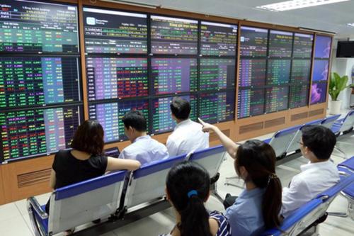 Chuyên gia NCB: Cổ phiếu ngân hàng nhỏ hấp dẫn nhà đầu tư